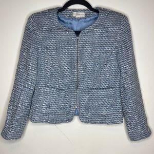 Petite sophisticate White and Blue Tweed Blazer